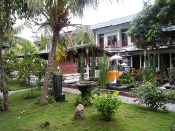 The well maintained garden at Padang Bai Resort