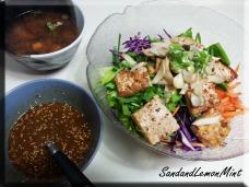 Tofu soba salad with sesame dressing